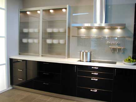 transparente eleganz glasrollladen f r den m be ihr portal rund ums holz. Black Bedroom Furniture Sets. Home Design Ideas
